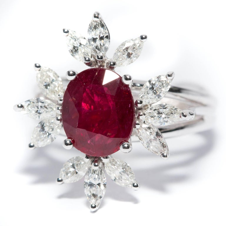 Modern Bespoke White Marquise Diamond 18KT Gold 2.00 Carat Ruby Engagement Ring Mount For Sale