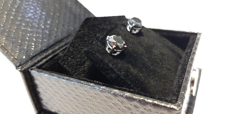 Modern 4.57 Carat Black Diamond 18 KT White Gold Solitaire Tresor Paris Stud Earrings  For Sale