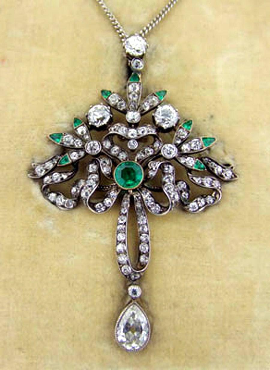 Victorian Emerald Diamond Pendant or Brooch, circa 1860 2