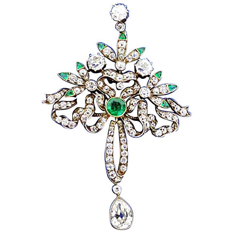 Victorian Emerald Diamond Pendant or Brooch, circa 1860