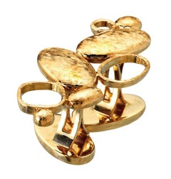18K Yellow Gold Ring Sculpture on Your Hand