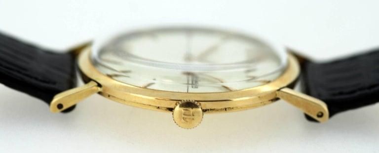 Jaeger-LeCoultre Vintage 18 Karat Gold Manual Winding Wristwatch, circa 1960s For Sale 3