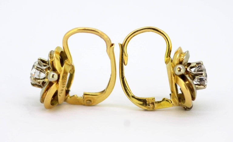 Vintage 18 Karat Yellow Gold Ladies Clip on Earrings with Diamonds For Sale 2