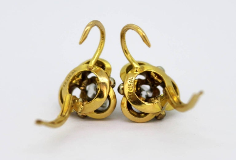 Vintage 18 Karat Yellow Gold Ladies Clip on Earrings with Diamonds For Sale 3
