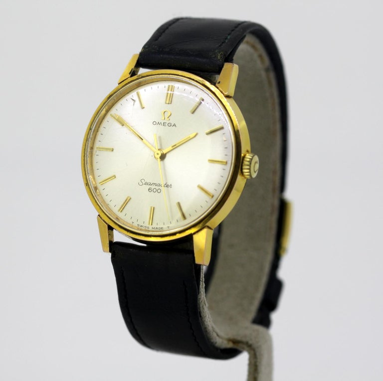 Omega Seamaster 600, vintage manual winding mens wristwatch, Circa 1960's  Gender: Men Case Diameter : 34 mm Movement: Manual Winding Watchband Material: Omega Leather Case material : Gold Plated Display Type:	Analogue	 Dial: ( See Photos ) Year :