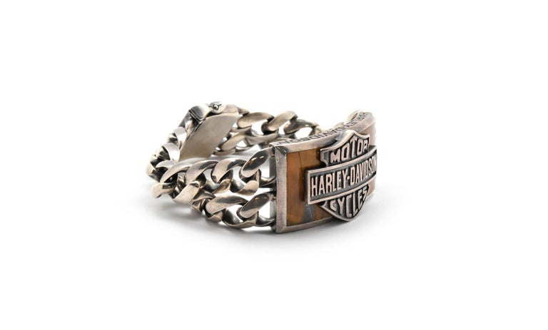 This rough riding bracelet is made in solid sterling silver. It is an official licensed product of Harley Davidson Motorcycles and is designed by Thierry Martino. It would be an easy choice for you Easy Rider! This rugged bracelet is constructed