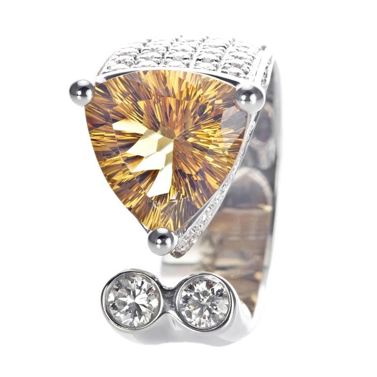 21 Karat White Gold Diamond Cocktail Ring