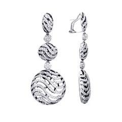 19 Karat White Gold Diamond Drop Earrings