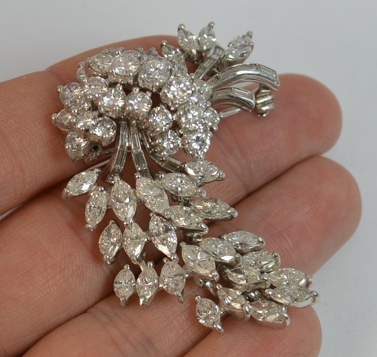 Women's Natural VS 10 Carat Diamond and Platinum Floral Spray Brooch For Sale
