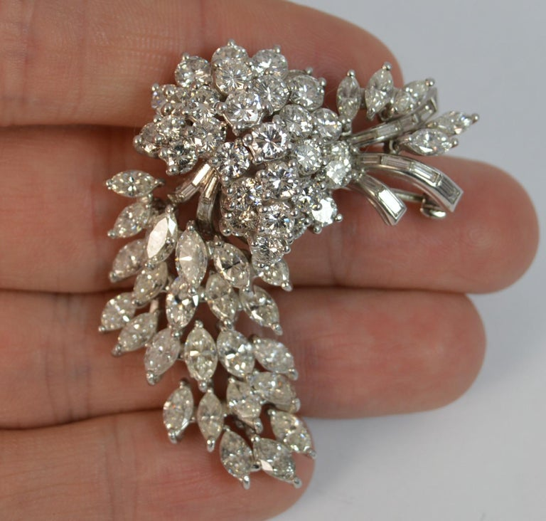 Natural VS 10 Carat Diamond and Platinum Floral Spray Brooch For Sale 1
