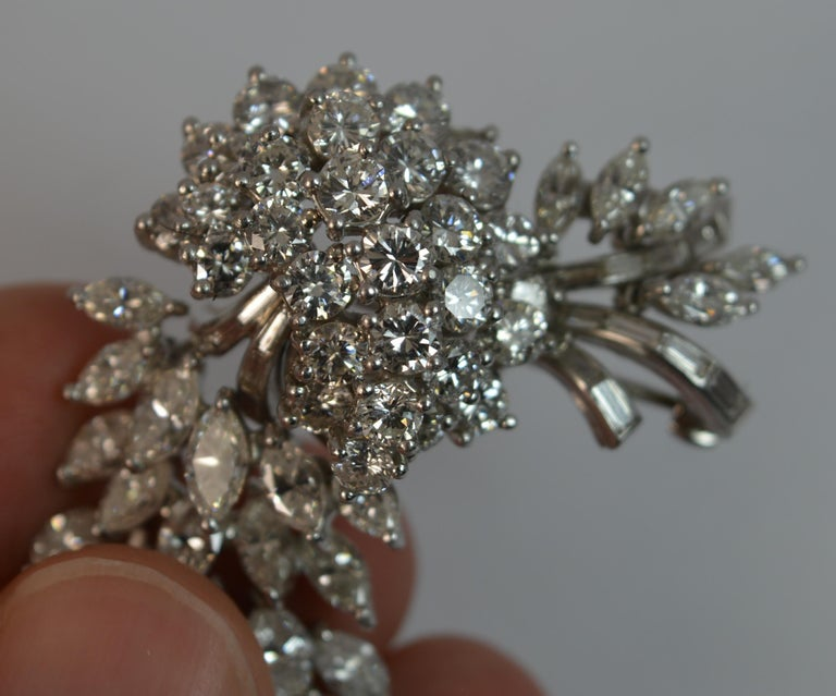 Natural VS 10 Carat Diamond and Platinum Floral Spray Brooch For Sale 5