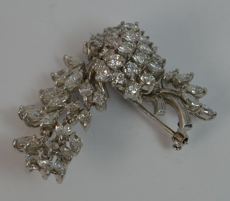 Natural VS 10 Carat Diamond and Platinum Floral Spray Brooch For Sale 8