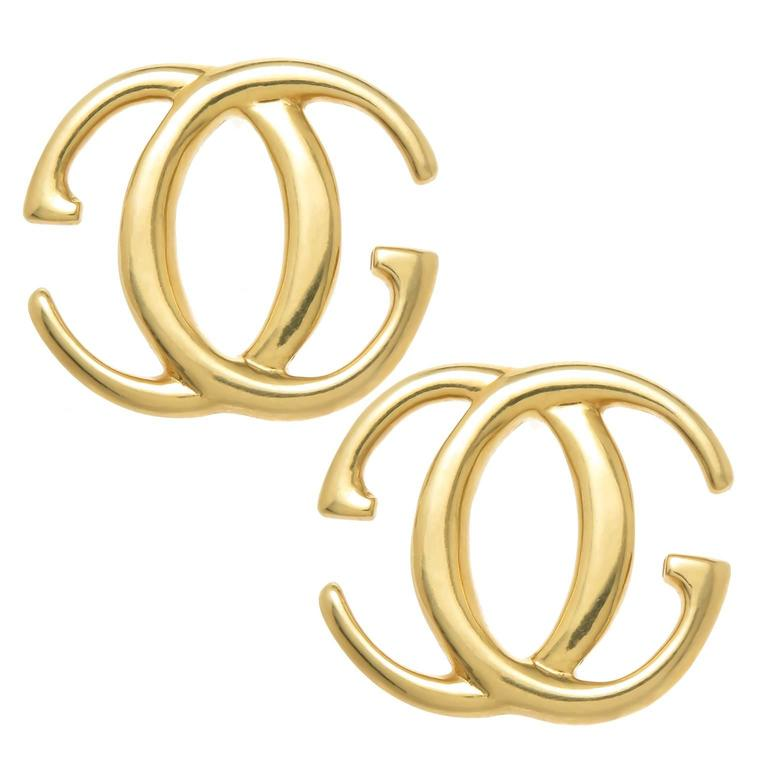 Gucci Gold Double G Earrings 1