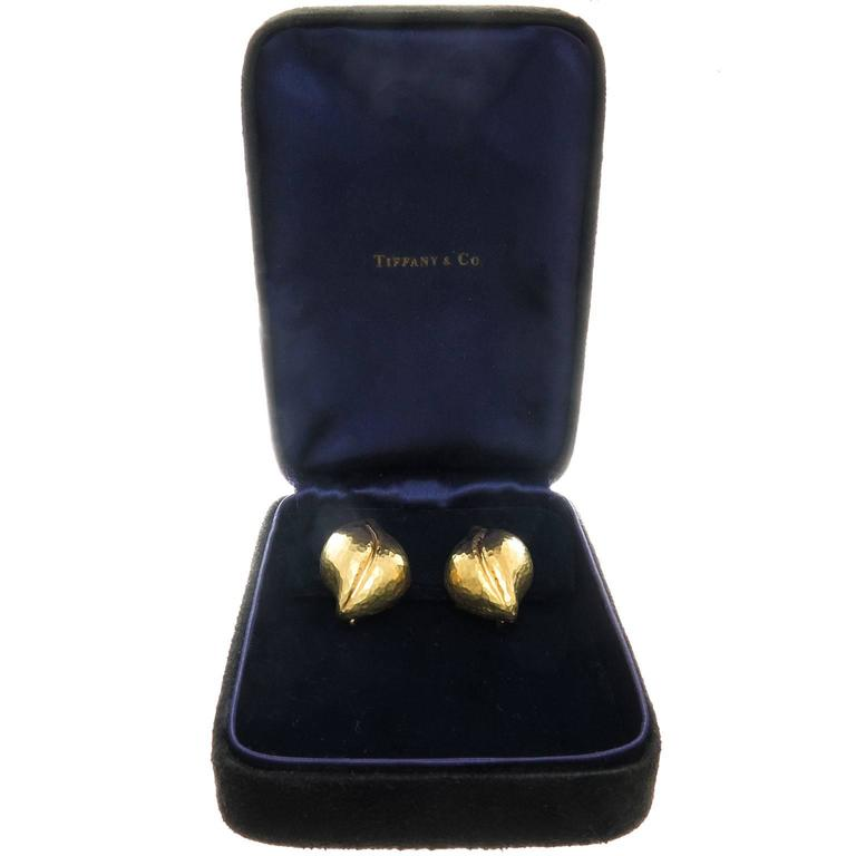 Tiffany & Co. Paloma Picasso Hammered Gold Leaf earrings 4