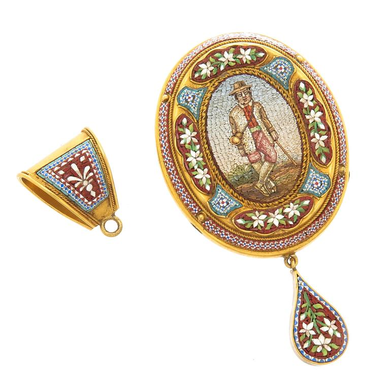 Circa 1880s Solid Gold and Fine Glass micro Mosaic pin pendant, of very fine quality and depicting a Gentleman in a Hunting Outfit. measuring 3 1/8 inch in length and 1 3/8 inch wide. Having Italian Hall Marks, this piece is in exceptional near mint