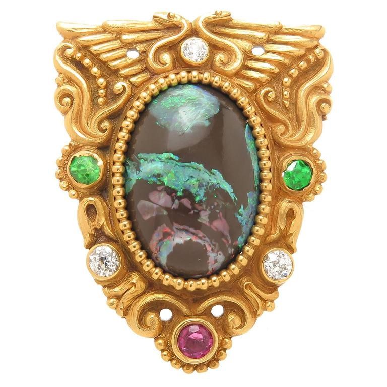 American Gilded Age Egyptian Revival Stone Chased Gold Brooch