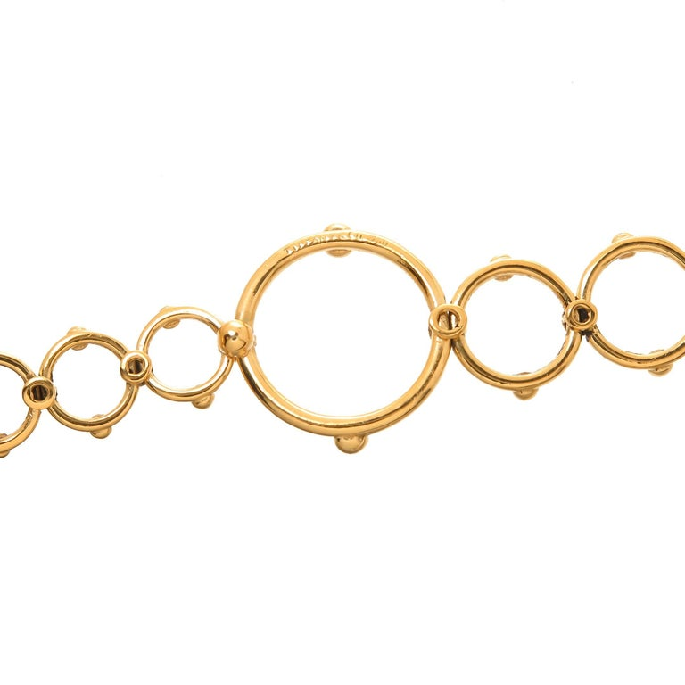 Tiffany & Co. Yellow Gold Long Circles Necklace In Excellent Condition For Sale In Chicago, IL