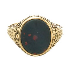 Edwardian Gents Gold and Bloodstone Ring, 1920s