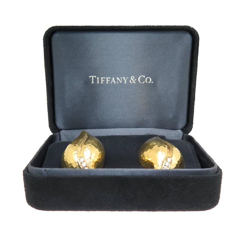 Women's or Men's Tiffany & Co. Paloma Picasso Diamond Gold Hammered Leaf Earrings For Sale