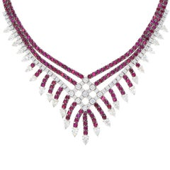 18 Karat Gold Italian Necklace Ruby and Diamond