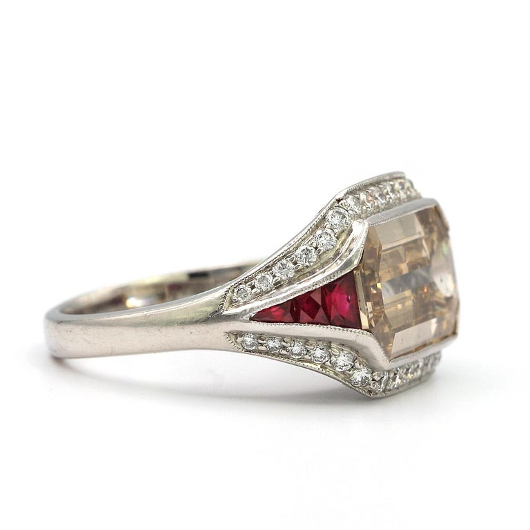 5.00 Carat Emerald Cut Diamond with Rubies in Platinum Ring In Good Condition For Sale In New York, NY