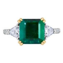 Emilio Jewelry Certified 5.14 Carat Platinum Emerald Diamond Ring