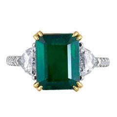 Emilio Jewelry 5.32 Carat Certified Intense Green Emerald Diamond Platinum Ring