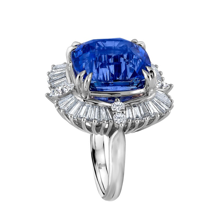 Women's Emilio Jewelry 25.65 Carat Unheated AGL Certified Ceylon Sapphire Diamond Ring For Sale