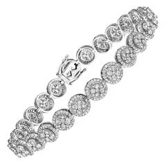 Diamond Bracelet Set In Round Illusion