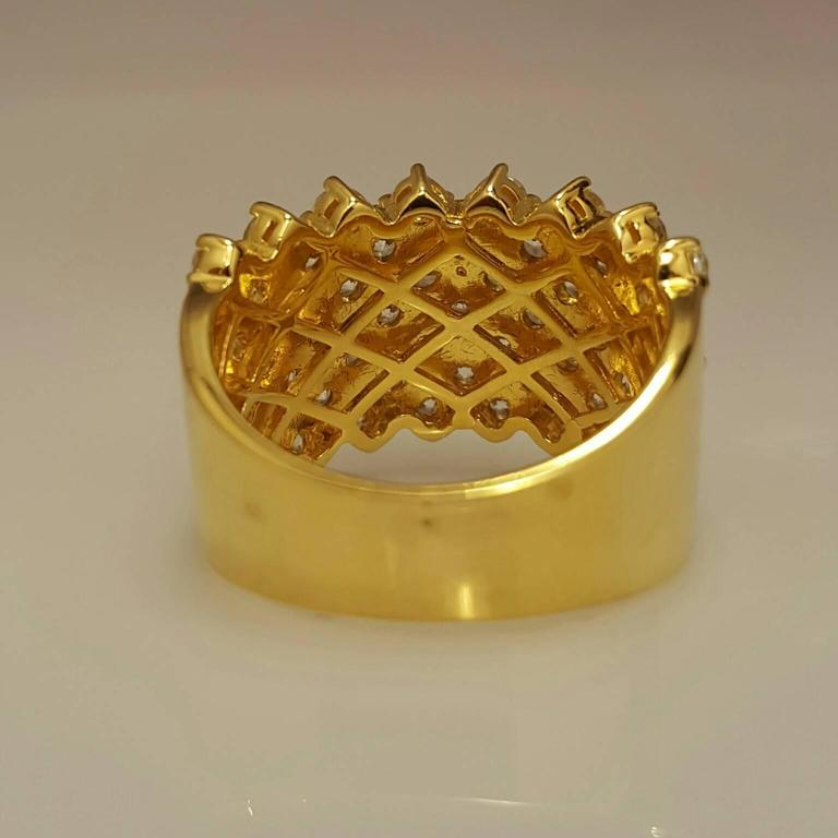 Women's Diamond Gold Band Ring For Sale