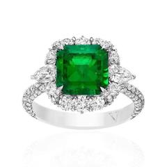Magnificent 4.57 Carat Colombian Emerald  Diamond Ring