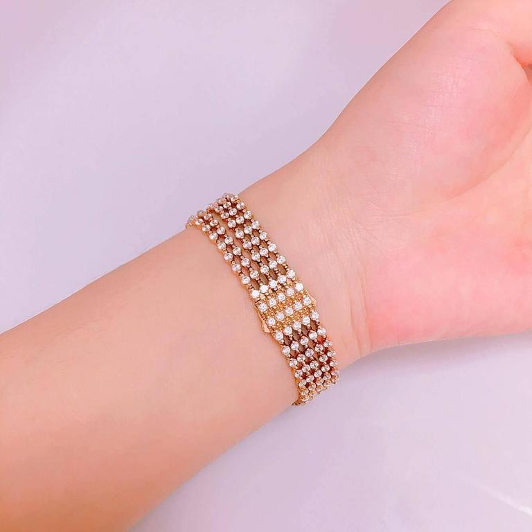 15.00 Carat Five-Row Graduating Endless Diamond Bracelet In New Condition For Sale In New York, NY