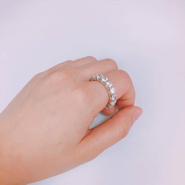 Modern Emilio Jewelry .32 Carat Each Diamond U Prong Eternity Band For Sale