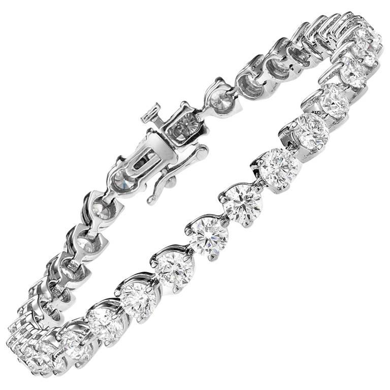 Emilio Jewelry .15 Carat Each Diamond Three Prong Tennis Bracelet
