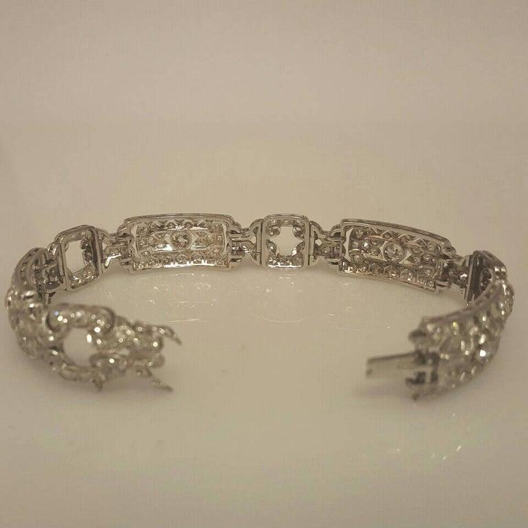 Emilio Jewelry 10.00 Carat Art Deco Style Design Diamond Platinum Bracelet In Excellent Condition For Sale In New York, NY