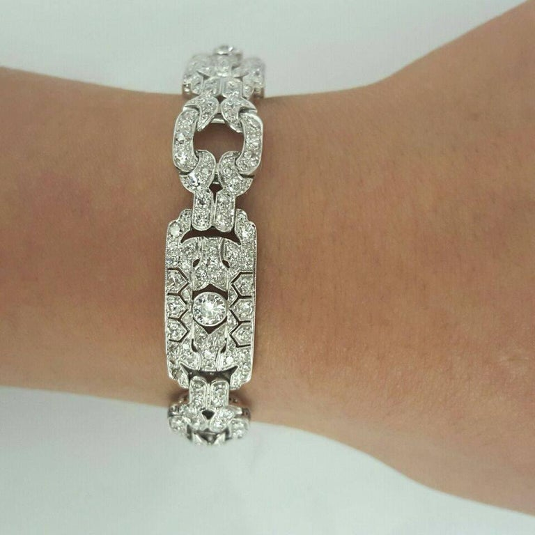 Women's Emilio Jewelry 10.00 Carat Art Deco Style Design Diamond Platinum Bracelet For Sale