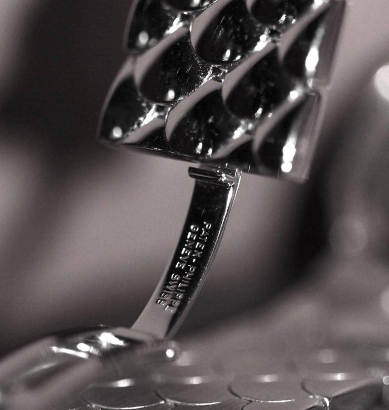 Patek Philippe Calatrava 18 Karat White Gold and Diamond Watch In New Condition For Sale In Geneva, CH