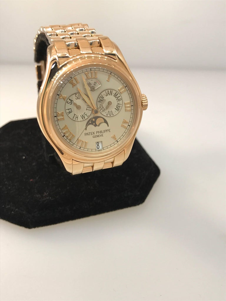 Patek Philippe rose gold Annual Calendar Bracelet Wristwatch Ref 5036/1R In Excellent Condition For Sale In New York, NY