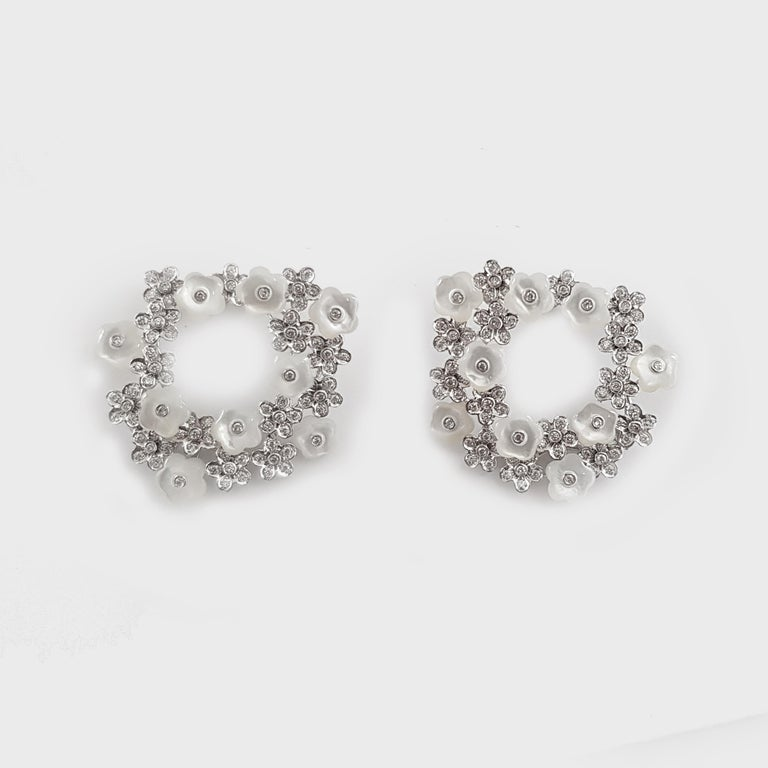 Round Cut Fei Liu 18 Karat White Gold Stud Earrings with Mother of Pearls For Sale