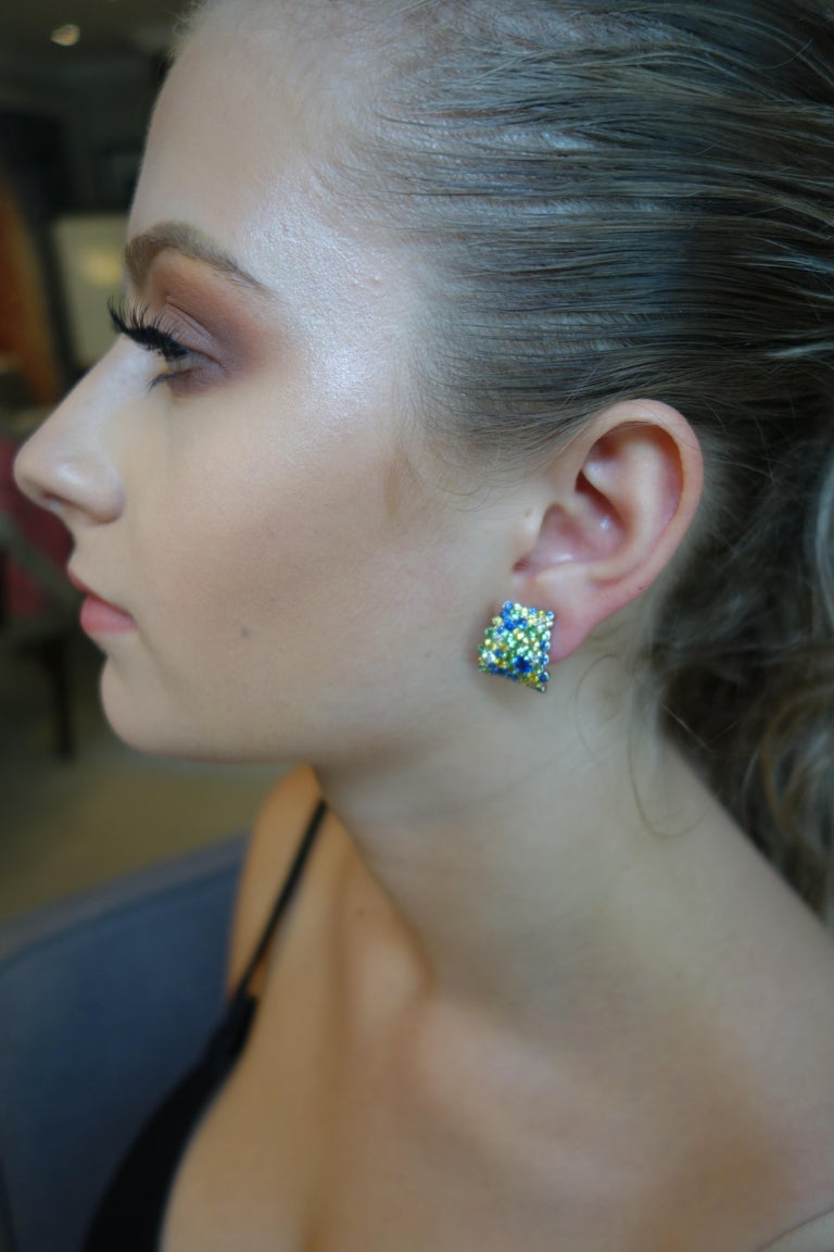 Modern Diamond and Yellow and Blue Sapphire Hoop Earrings in 18 Karat White Gold For Sale