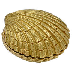 TIFFANY SCHLUMBERGER Gold Shell Pill Box