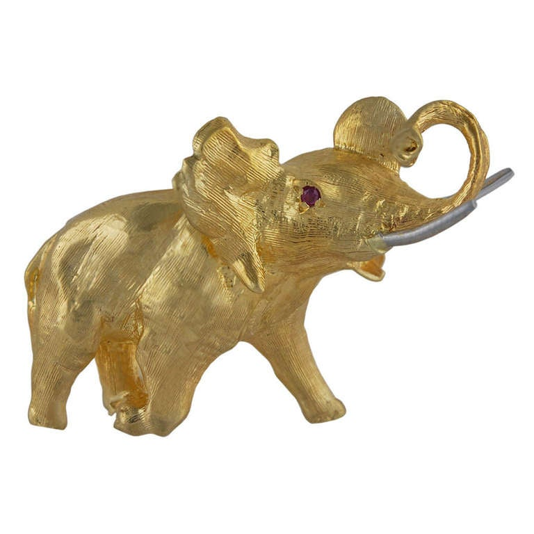 Elephant Brooch with Ruby Eye