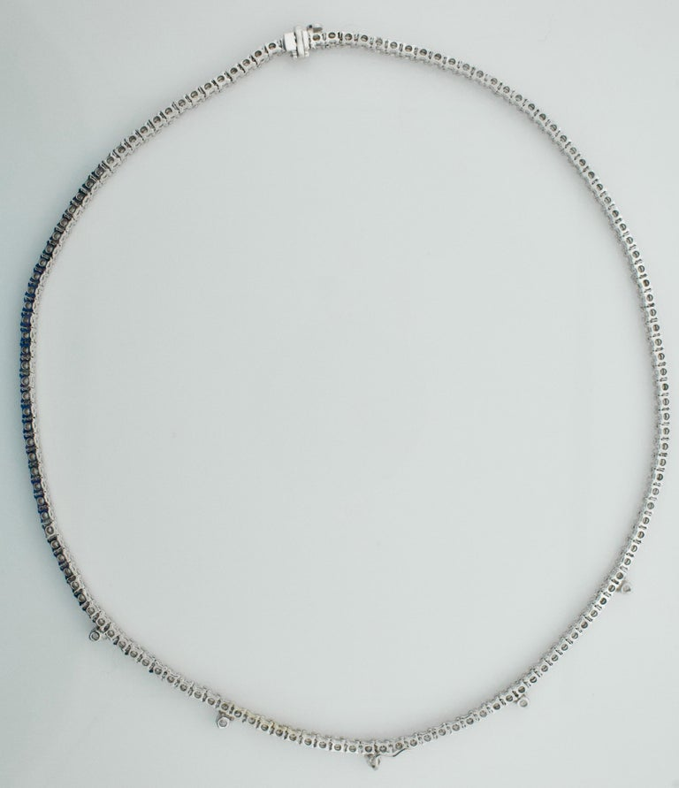 Women's or Men's Diamond Straight Line Necklace in 18 Karat 7.61 Carat For Sale