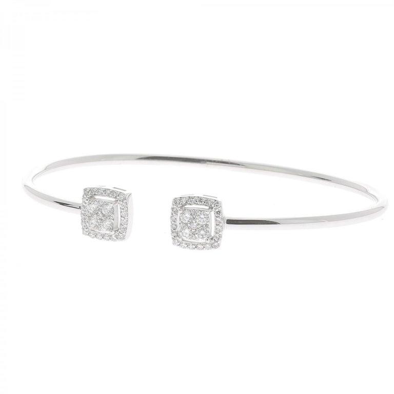 Round Cut 0.61 Carat GVS Round Diamond Bangle Bracelet 18 Karat White Gold Cuff Bracelet For Sale