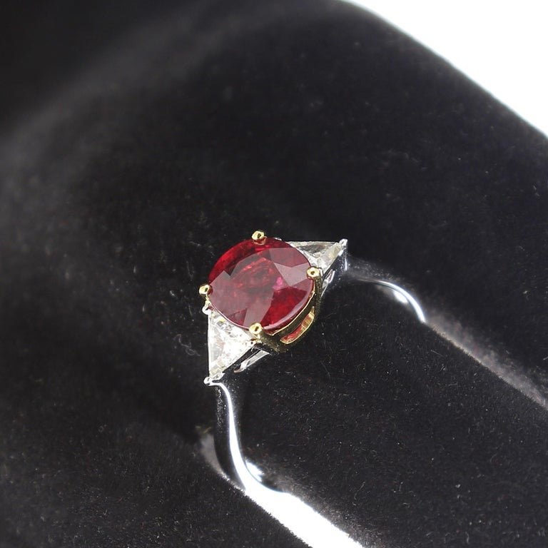 Women's or Men's 2.22 Carat Cushion Ruby Ring Three-Stone Ruby and Diamond Rings 18K White Gold For Sale