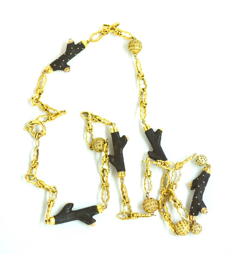 18 Karat Antique Ebony and Diamond Necklace In Excellent Condition For Sale In Roxbury, CT