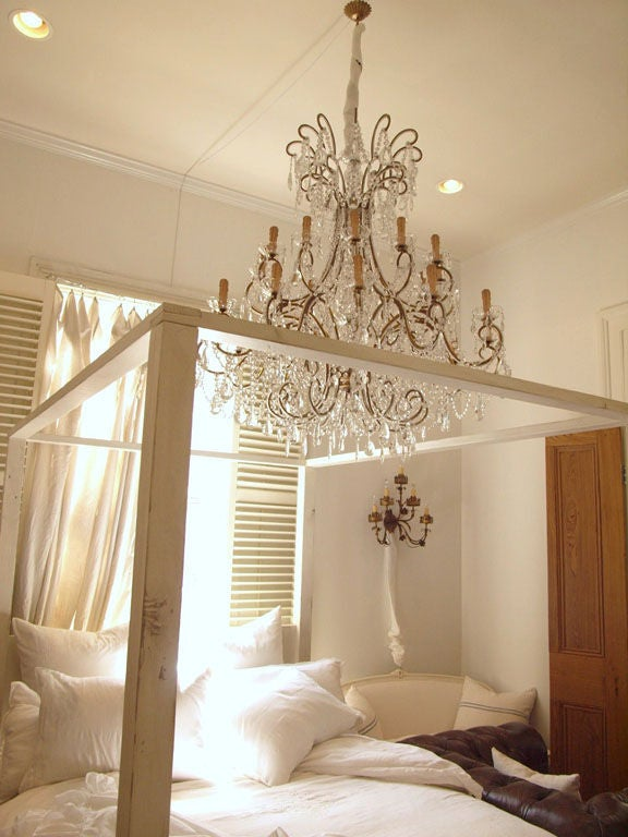 One Of A Kind Queen Four Poster Canopy Bed Image 2