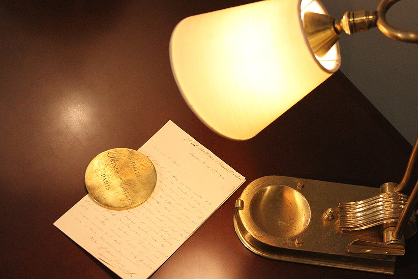 Prince De Galles Hotel Paris, Adjustable Bronze Desk Lamp, circa 1930 For Sale 2