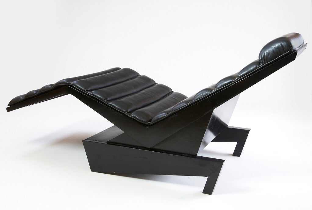 Emiel Veranneman Leather Upholstered Chaise Longue, Belgium, 1970s In Excellent Condition For Sale In New York, NY