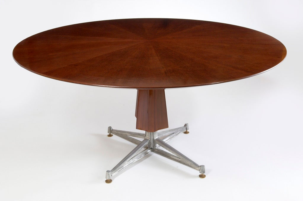Mid-Century Modern Sculptural Pedestal Mahogany Table with Cast Aluminium Base, 1950s For Sale